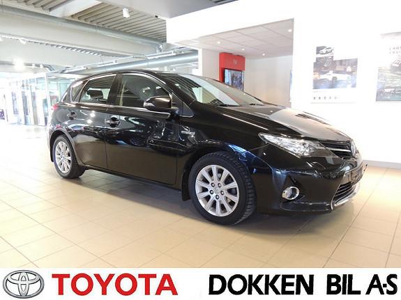 Toyota Auris 1,8 Hybrid E-CVT Active Go navi  2013, 122000 km, kr 139000,-