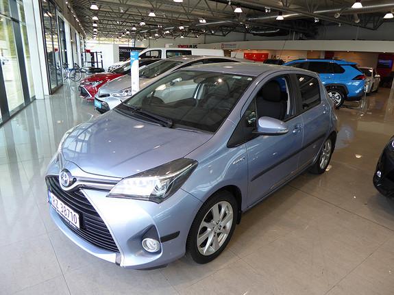 Toyota Yaris 1,5 Hybrid Style e-CVT m/DAB+ og Navi  2015, 21432 km, kr 179000,-