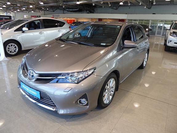 Toyota Auris 1,8 Hybrid E-CVT Executive m/DAB+ og Navi  2014, 45223 km, kr 179000,-