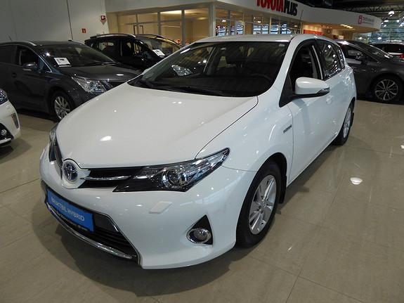 Toyota Auris 1,8 Hybrid E-CVT Active m/DAB+ og Navi  2013, 79801 km, kr 169000,-