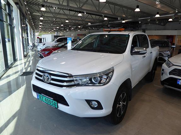 Toyota HiLux D-4D 150hk D-Cab 4WD SR+ aut m/DAB+  2017, 117515 km, kr 359000,-