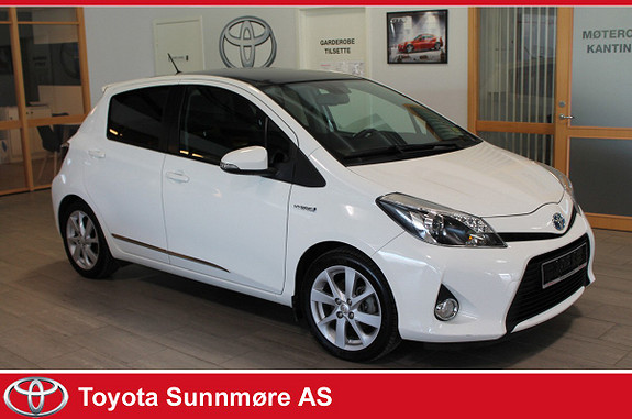 Toyota Yaris 1,5 Hybrid Style Panoramatak  2013, 67327 km, kr 134900,-