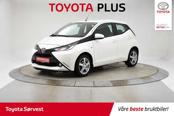 Toyota Aygo x-play 1,0  2015, 30849 km, kr 99000,-