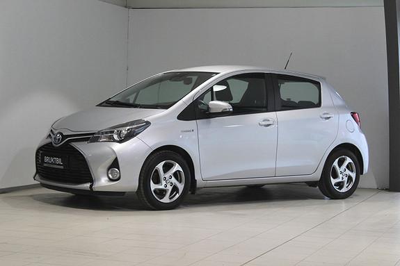 Toyota Yaris 1,5 Hybrid Active e-CVT Navi, Cruise, LED, Ryggekamera+  2016, 24200 km, kr 189000,-