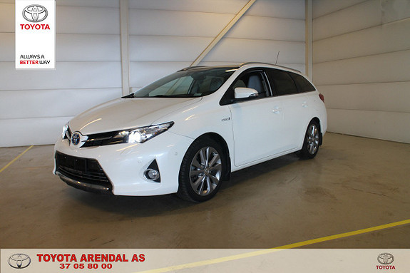 Toyota Auris Touring Sports 1,8 Hybrid Executive Skinn, Panoramatak  2015, 61 700 km, kr 189 000,-