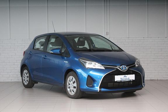 Toyota Yaris 1,5 Hybrid Active e-CVT Navi, Kamera ++  2015, 52385 km, kr 159000,-