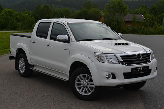 Toyota HiLux D-4D 144hk Double Cab 4WD SR  2014, 64148 km, kr 259000,-