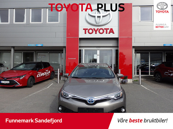 Toyota Auris 1,8 Hybrid E-CVT Style  2015, 20000 km, kr 209000,-