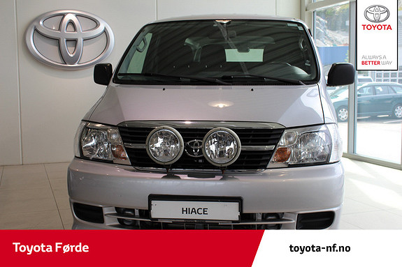 Toyota HiAce D-4D 5-d 117hk 4WD lang  2008, 137575 km, kr 155000,-