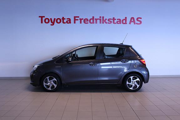Toyota Yaris 1,5 Hybrid Active e-CVT  2015, 60824 km, kr 159000,-