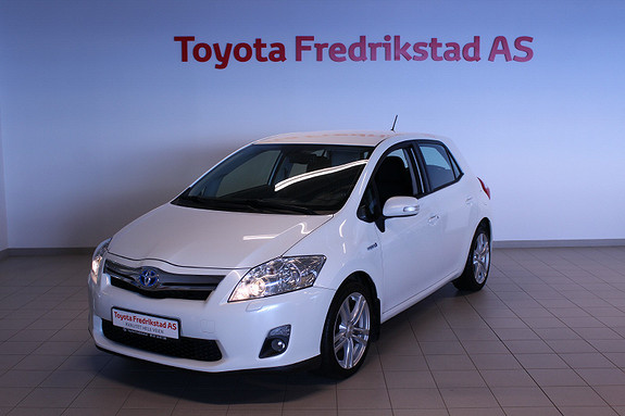 Toyota Auris 1,8 Hybrid Executive HSD  2011, 119000 km, kr 99000,-