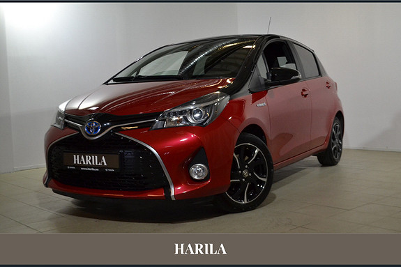 Toyota Yaris 1,5 Hybrid Bi Tone e-CVT aut  2016, 30620 km, kr 199000,-