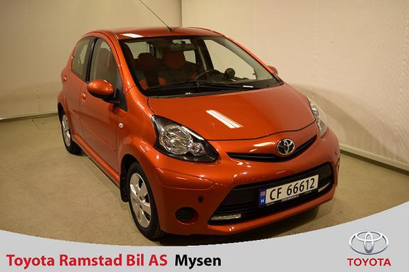 Toyota Aygo 1,0 + Orange 5-d ,kun 64.800 km.  2012, 64800 km, kr 59000,-