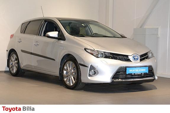 Toyota Auris 1,8 Hybrid E-CVT Executive glasstak, Navi, ryggekamera,  2013, 53991 km, kr 154000,-