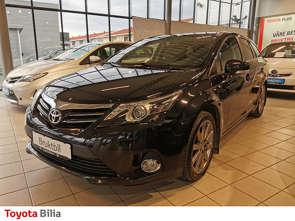 Toyota Avensis 1,8 147hk Exec. InBusiness 3.0 M-drive S  2013, 97500 km, kr 181225,-