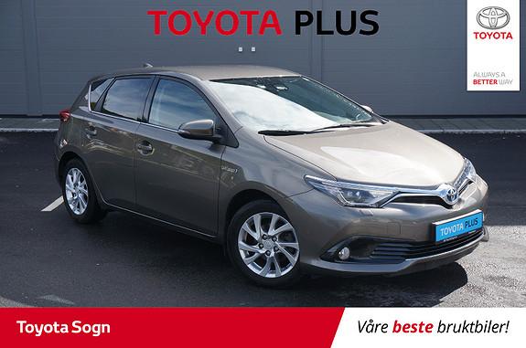 Toyota Auris 1,8 Hybrid E-CVT Style  2016, 70096 km, kr 199999,-