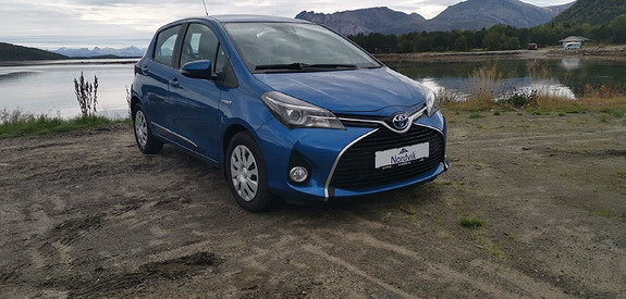 Toyota Yaris 1,5 Hybrid Active e-CVT  2015, 61000 km, kr 165000,-