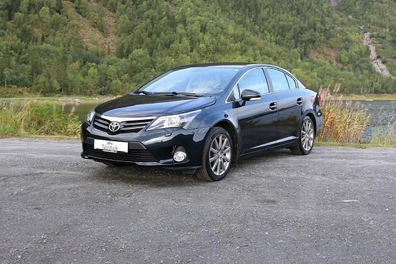 Toyota Avensis 1,8 147hk Premium Multidrive S  2012, 69753 km, kr 169000,-