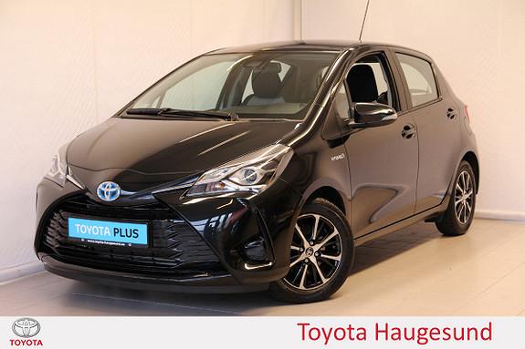 Toyota Yaris 1,5 Hybrid Y20 e-CVT aut  2019, 3850 km, kr 219000,-