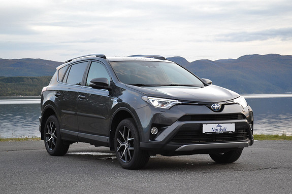 Toyota RAV4 Hybrid AWD Active Style  2017, 28466 km, kr 399000,-