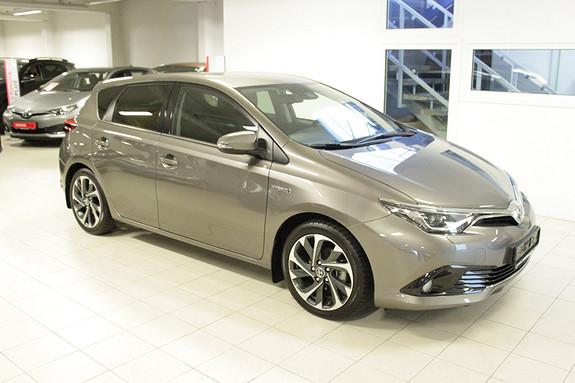 Toyota Auris 1,8 Hybrid E-CVT Style  2016, 18000 km, kr 229000,-