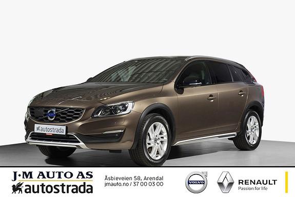 Volvo V60 Cross Country D3 Summum  Skinn, Navi, Ryggekamera, VOC  2017, 28500 km, kr 349000,-