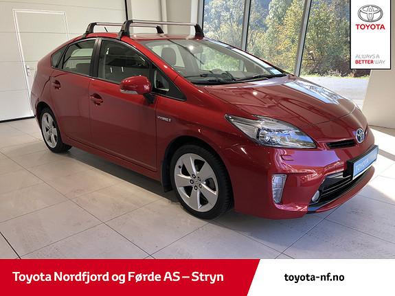 Toyota Prius Plug-in Hybrid 1,8 VVT-i Hybrid Executive  2015, 65850 km, kr 187000,-