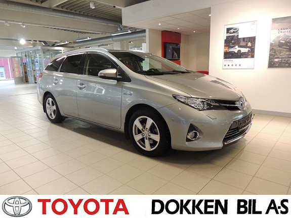 Toyota Auris 1,8 Hybrid Executive HSD Toppmodellen  2013, 81000 km, kr 179000,-