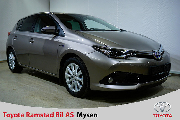 Toyota Auris 1,8 Hybrid E-CVT Style , Inkl. tilhengerfeste !!  2015, 47399 km, kr 187000,-