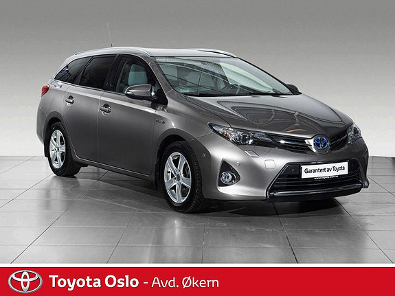 Toyota Auris Touring Sports 1,8 Hybrid Executive LEKKERT INTERIØR  2014, 51 761 km, kr 169 900,-