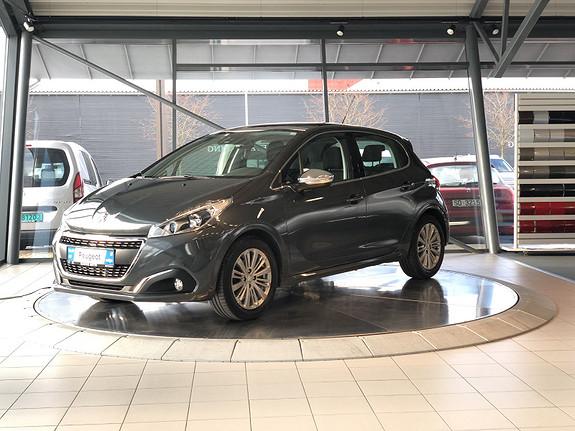 Peugeot 208 Allure 1,2 PureTech 82hk Panorama tak  2016, 28000 km, kr 139000,-