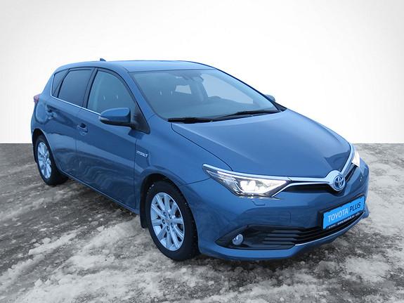 Toyota Auris 1,8 Hybrid E-CVT Style  2015, 49430 km, kr 169000,-