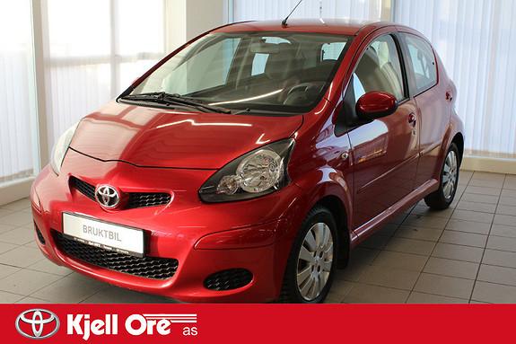 Toyota Aygo 1,0 Red 5-d M/ alu.felg  2011, 58947 km, kr 49000,-