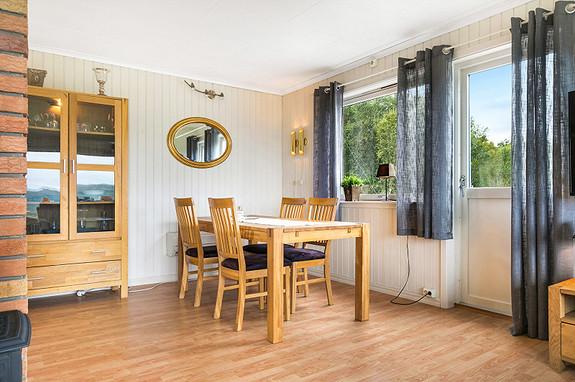 Hovedplan - Stue med spiseplass
