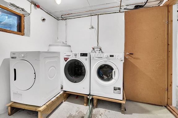 Kjelleretasje - Felles vaskerom