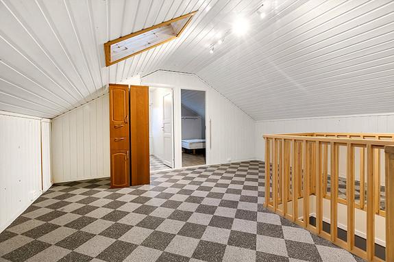 Loftstue med mulighet for TV-stue eller kontor