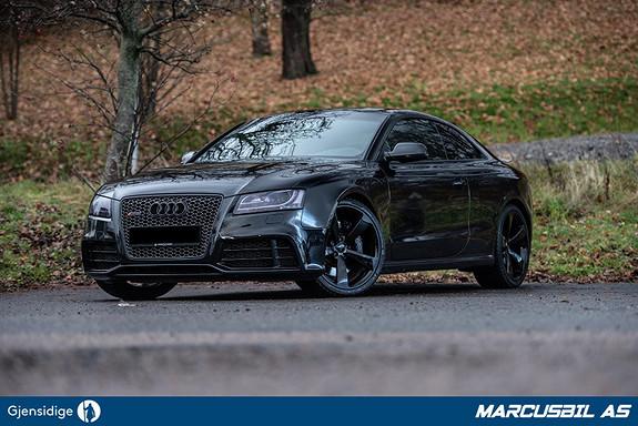 """Audi RS5 V8 """"BLACKED OUT"""" 450HK/QUATTRO/B&O/DAB/20"""" + 20""""  2011, 140000 km, kr 519000,-"""