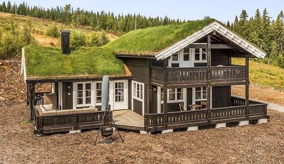 FERDIG HYTTE TIL VINTERFERIEN – Tiur – Hytte med 4 soverom, 2 bad og flott utsikt både mot Sylan og Stugusjøen
