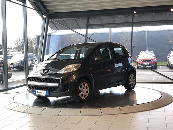 Peugeot 107 1,0 bensin 68 hk Trendy  2009, 160622 km, kr 19000,-