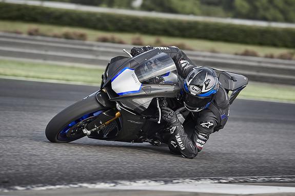 Bilbilde: Yamaha YZF-R1 M