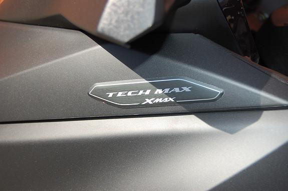 Bilbilde: Yamaha XMAX 300 Tech MAX
