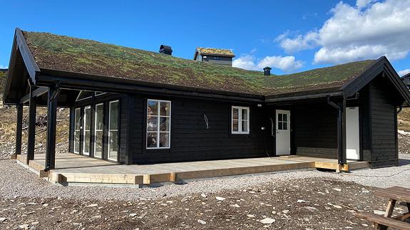 Nøkkelferdig hytte Øverst i Vrådalpanorama med opparbeidet tomt