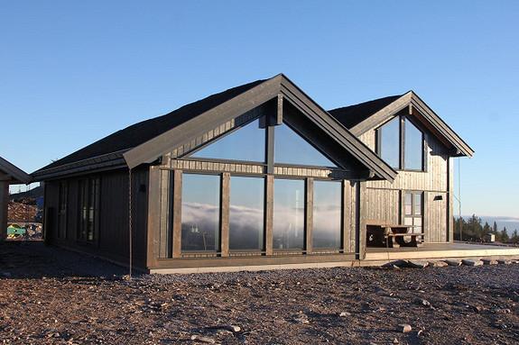 Beitostølen XL – Flott hytte med 5 soverom, 2 bad, 2 stuer, teknisk rom og bod