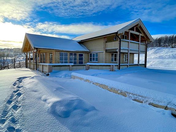 Tiur – Hytte med 4 soverom, 2 bad og flott utsikt både mot Sylan og Stugusjøen