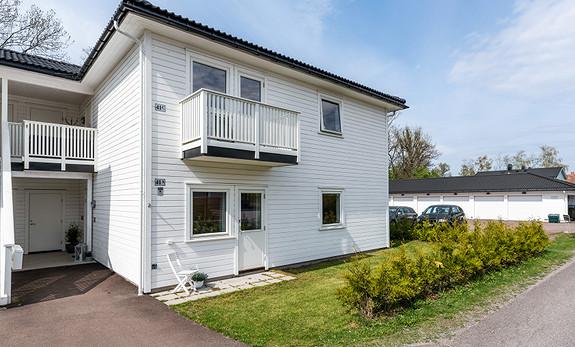 Lekker leilighet med 3 soverom, uteplass og carport. *Tv/internett inkl.*