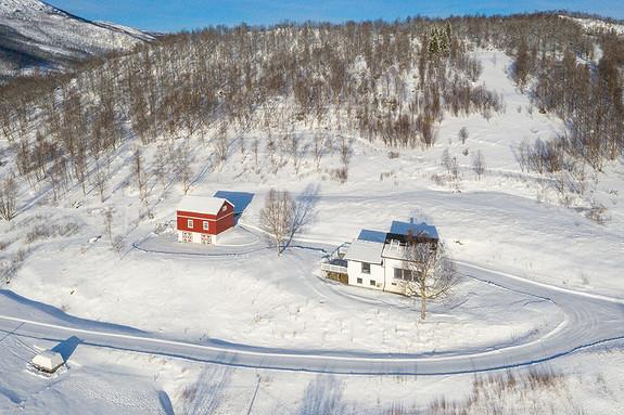 Velkommen til Håkvikdalveien 225!