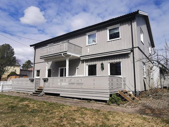 Pen leilighet med 4 soverom sentralt i Larvik sentrum. *Tv/Wifi inkl.* Ledig nå!