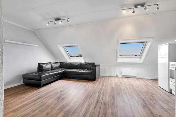Loftsetasje - Stue/Kjøkken