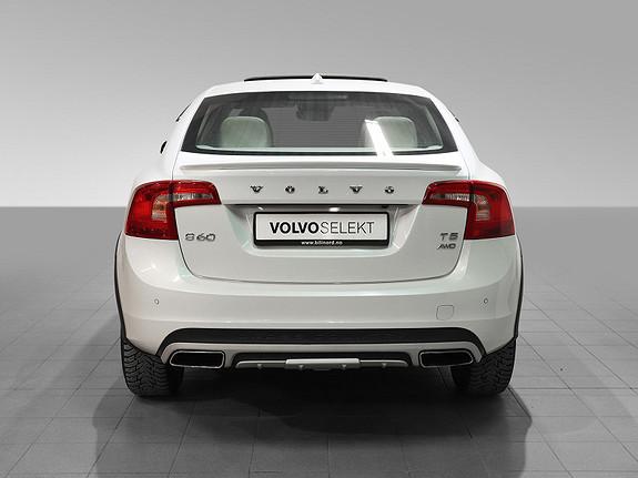 Bilbilde: Volvo S60 Cross Country
