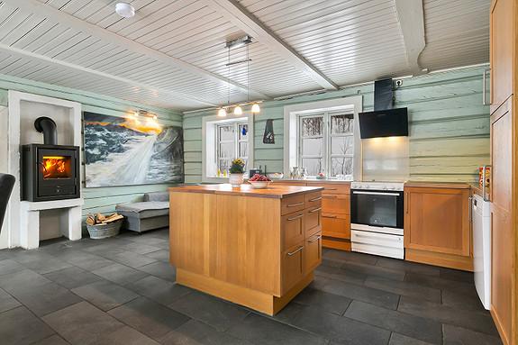 Hus 1 - Åpen kjøkkenløsning med øy